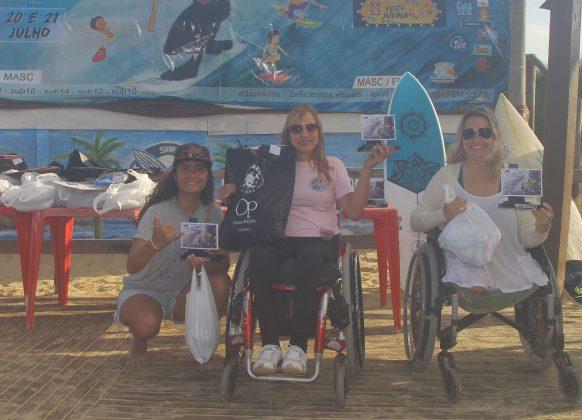 Pódio Surfe Adaptado Feminino, OP ASJ Kids and Kings 2019, Joaquina, Florianópolis (SC). Foto: Basilio Ruy/P.P07.