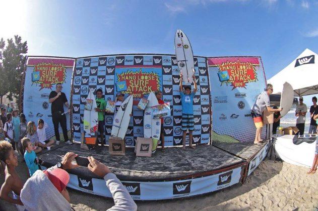 Pódio Iniciante, Hang Loose Surf Attack 2019, Perequê-Açú, Ubatuba (SP). Foto: Munir El Hage.