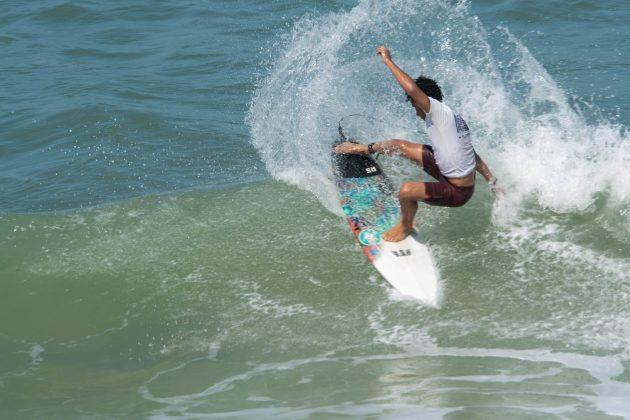 Renan Pulga, Macaé Surf Pro, Praia do Pecado (RJ). Foto: Leandro Foca.