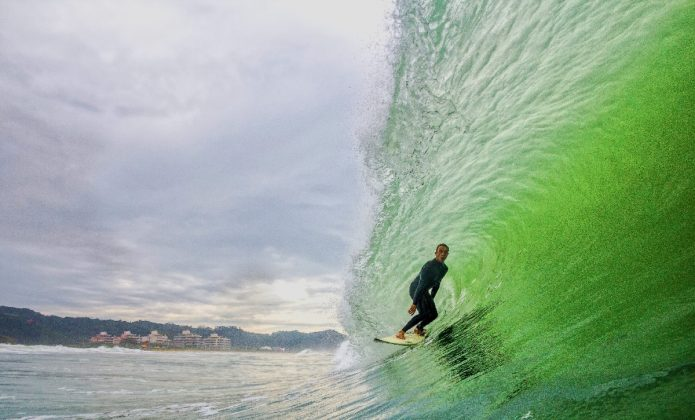 Eduardo Bergquist, Praia Brava, Itajaí (SC). Foto: André Deichmann.