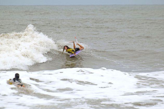 Isa Nunes, Paranaense de Bodyboard 2019, Praia Brava, Guaratuba (PR). Foto: Vinicius Araújo / Thaise Oliveira.