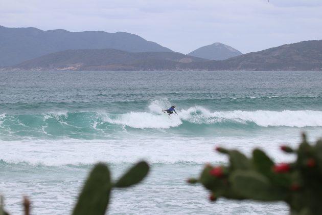 Arthur Alves, Praia do Forte, Cabo Frio (RJ). Foto: @surfetv / @carlosmatiasrj.
