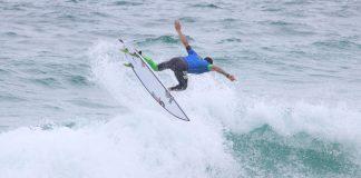 Heitor Alves voa em Cabo Frio