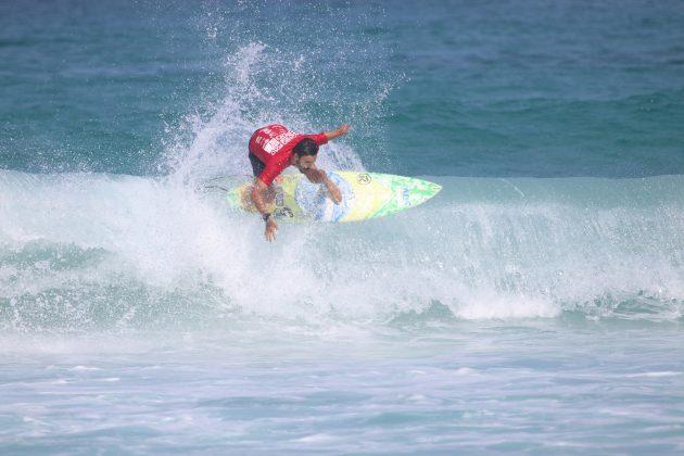 Jonathan Borba, Praia do Forte, Cabo Frio (RJ). Foto: @surfetv / @carlosmatiasrj.