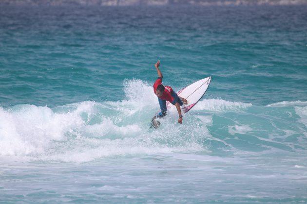 Leo Andrade, Praia do Forte, Cabo Frio (RJ). Foto: @surfetv / @carlosmatiasrj.