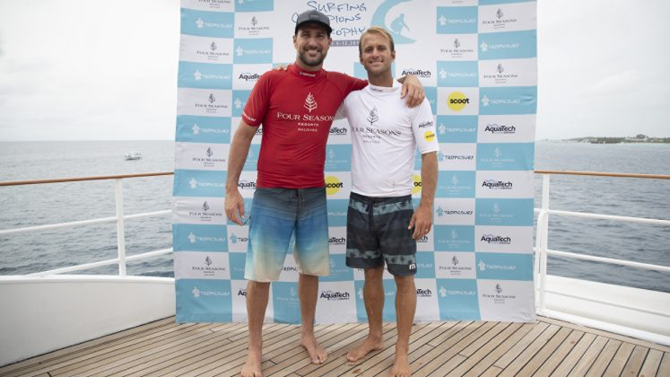 Joel Parkinson e Josh Kerr, Surfing Champions Trophy 2019, Sultans, Maldivas. Foto: Divulgação.