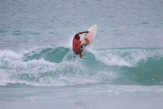 Marcelo Ribeiro, Praia do Forte, Cabo Frio (RJ). Foto: @surfetv / @carlosmatiasrj.