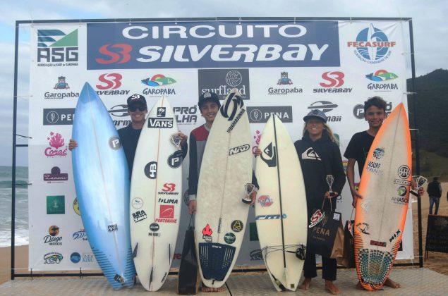 Pódio Iniciantes, Circuito Silverbay 2019, Garopaba (SC). Foto: Basilio Ruy/P.P07.