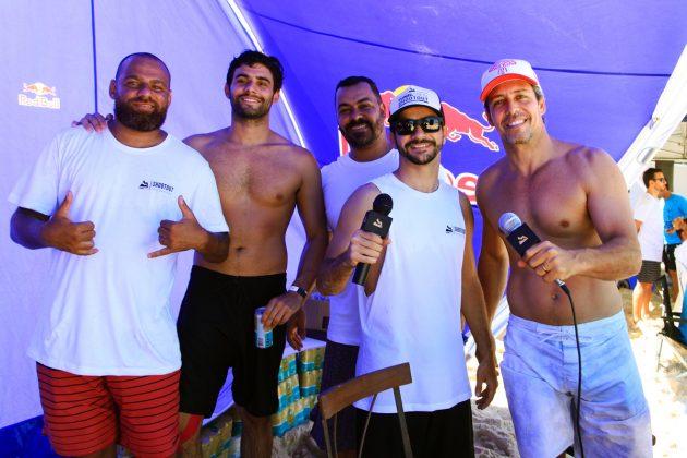 Teo Cury, Angelo Bittar, Andre Luiza, Andre Monteiro e Giuliano Lara, Tunel Crew Shootout 2019, Itacoatiara, Niterói (RJ). Foto: Tony D'Andrea.