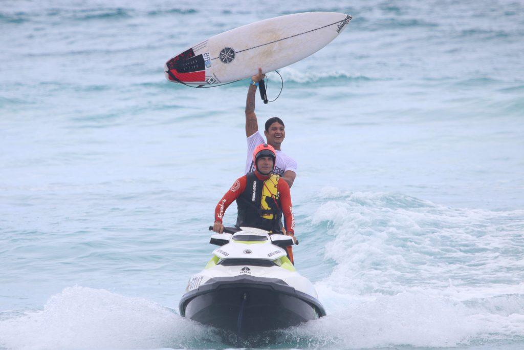Wesley Leite faturou o título do Cabo Frio Surf Pro 2019.