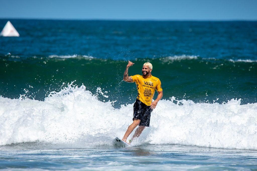 Italo Ferreira é um dos representantes brasileiros na estreia do Surfe nos Jogos Olímpicos.
