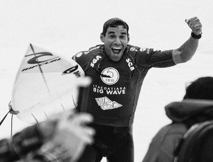 Paulo Moura arranca 9.00 pontos na decisão do Itacoatiara Big Wave.