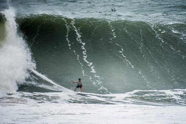Felipe Cesarano, Itacoatiara Big Wave 2019, Niterói (RJ). Foto: Itacoatiara Big Wave.