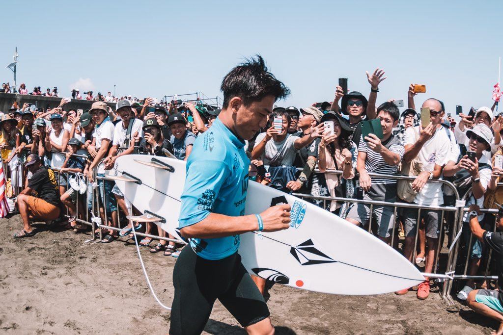 Shun Murakami é um dos representantes do surfe japonês nos Jogos de Tóquio.