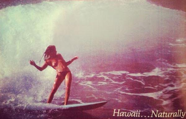 Foto famosa do começo dos anos 70: Laura Blears lidava com o power havaiano com muito estilo. Foto: Reprodução.