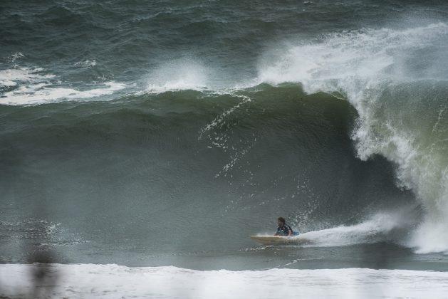 Matheus Faria, Itacoatiara Big Wave 2019, Niterói (RJ). Foto: Itacoatiara Big Wave.