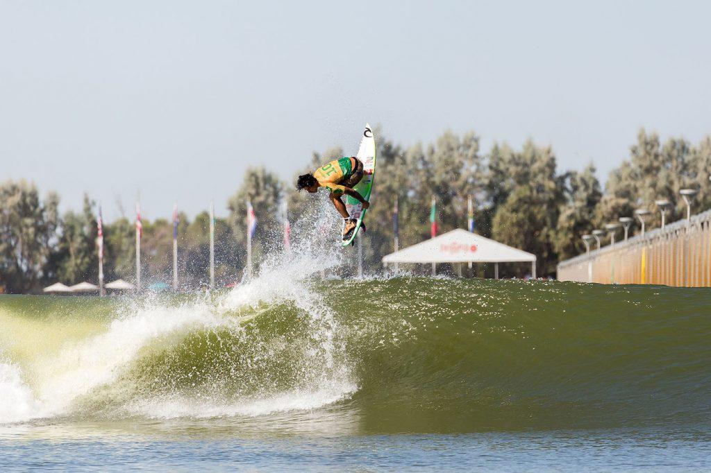 Com dois títulos nas duas etapas já realizadas, Gabriel Medina segue imbatível no Surf Ranch.