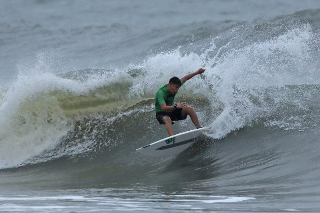 Naysonn Brandonn, Hang Loose Surf Attack 2019, Praia do Tombo, Guarujá (SP). Foto: Munir El Hage.