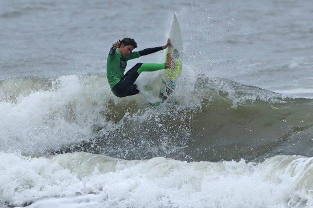 Rayan Fadul, Hang Loose Surf Attack 2019, Praia do Tombo, Guarujá (SP). Foto: Munir El Hage.