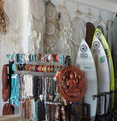 Warung, Uluwatu, Bali, Indonésia. Foto: @clmimages.