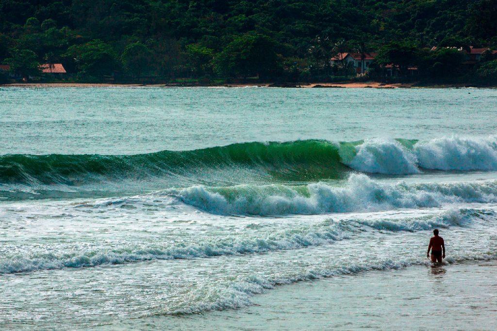 Etapa do Circuito Municipal rola nas ondas da Praia Grande.
