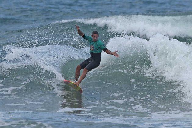 Alex Miranda, Surf Trip SP Contest 2019, praia do Tombo, Guarujá (SP). Foto: Munir El Hage.
