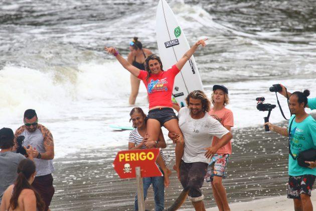 Camila Cássia, Circuito Brasileiro Feminino 2019, Itamambuca, Ubatuba (SP). Foto: Daniel Smorigo.