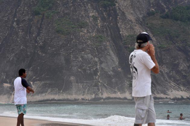 Duelo de técnicos, Itacoatiara Pro Junior, Niterói (RJ). Foto: Iuri Corsini.