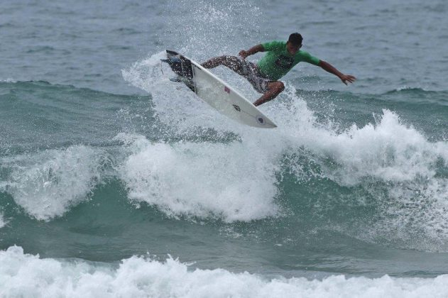 Erick Passos, Hang Loose Surf Attack 2019, Juquehy, São Sebastião (SP). Foto: Munir El Hage.