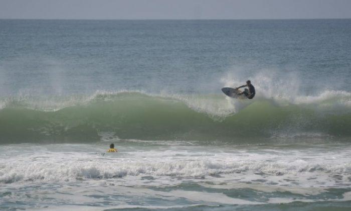 Gabriel Nasa, Surfe Treino South to South 19, Moçambique, Florianópolis (SC). Foto: Marcelo Barbosa.
