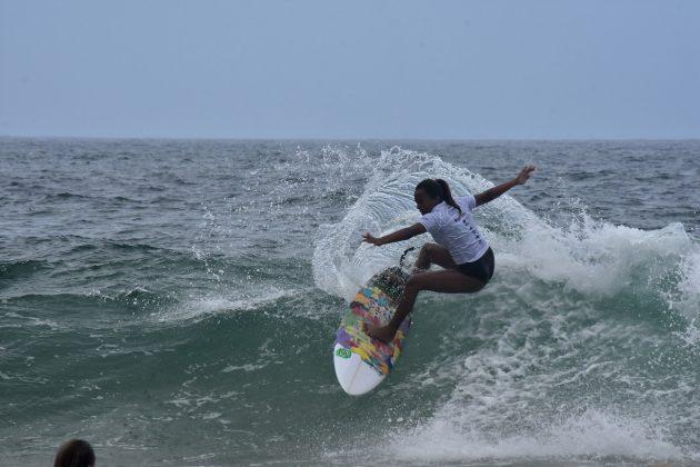 Laiz Costa, Itacoatiara Pro Junior, Niterói (RJ). Foto: Iuri Corsini.