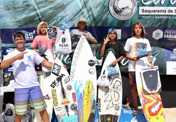 Pódio Iniciante, Tríplice Coroa Saquarema de Surf 2019. Foto: Assessoria ASS.