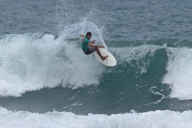 Rafael Pierro, Surf Trip SP Contest 2019, praia do Tombo, Guarujá (SP). Foto: Munir El Hage.