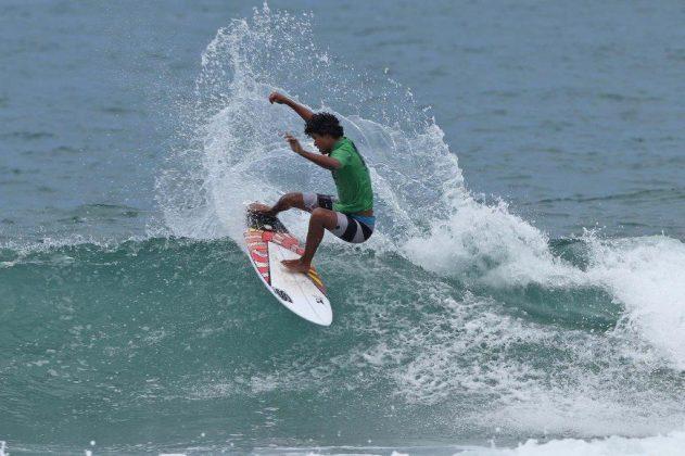 Renan Rodrigues, Hang Loose Surf Attack 2019, Juquehy, São Sebastião (SP). Foto: Munir El Hage.