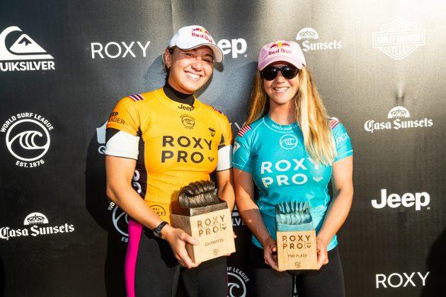 Carissa Moore e Caroline Marks, Roxy Pro France 2019, La Graviere, França. Foto: WSL / Poullenot.