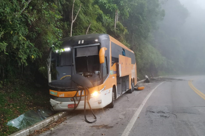 Acidente na estrada Rio-Santos