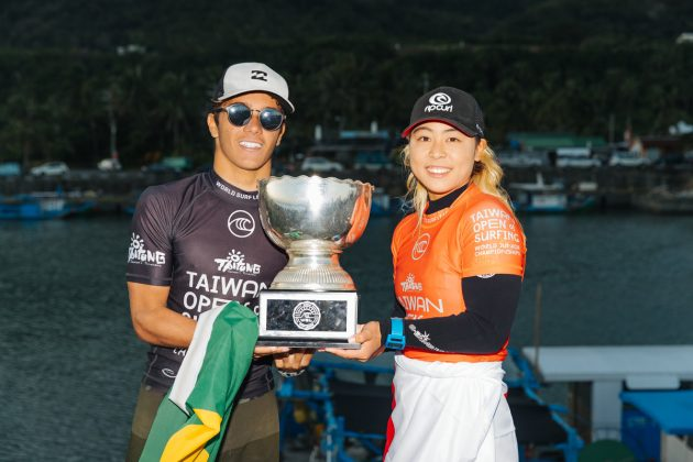 Lucas Vicente e Amuro Tsuzuki, WSL Junior Championships 2019, Jinzun Harbour. Foto: WSL / Dunbar.