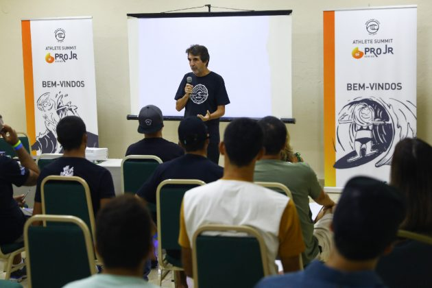 Sergio Gadelha, Athlete Summit 2019, Maresias, São Sebastião (SP). Foto: Alexandre Versiani.
