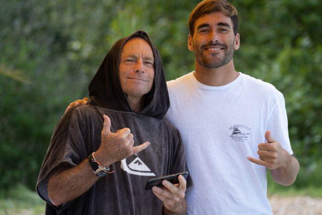 Tom Carroll e Aritz Aranburu, Wavegarden, País Basco, Espanha. Foto: Divulgação.