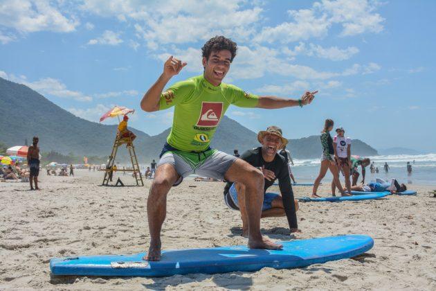 Curso de Formação e Atualização para Instrutores de Surf e SUP, Itamambuca, Ubatuba (SP). Foto: Giovanna Lima.