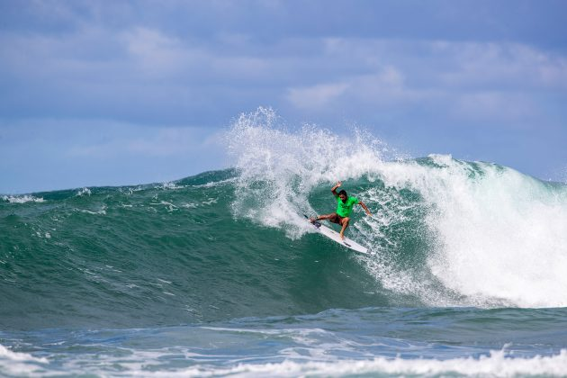 Tomas Hermes, North Shore de Oahu, Havaí. Foto: WSL / Heff.