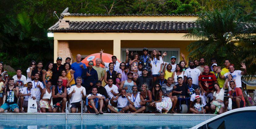 """A galera """"Nós é Surf, Show!"""", Grumari (RJ). Foto: 7 AM Fotos."""