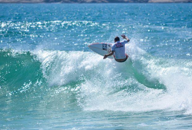 """Diogo Carvalho """"Jacaré"""", o campeão Master, Grumari (RJ). Foto: 7 AM Fotos."""