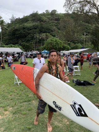 Eli Olson, The Eddie Aikau Invitational 2019, Waimea Bay, North Shore de Oahu, Havaí. Foto: Fernando Iesca.