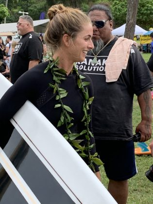 Emi Erickson, The Eddie Aikau Invitational 2019, Waimea Bay, North Shore de Oahu, Havaí. Foto: Fernando Iesca.