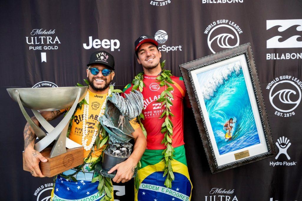 Italo Ferreira e Gabriel Medina representam o Brasil em Tóquio.