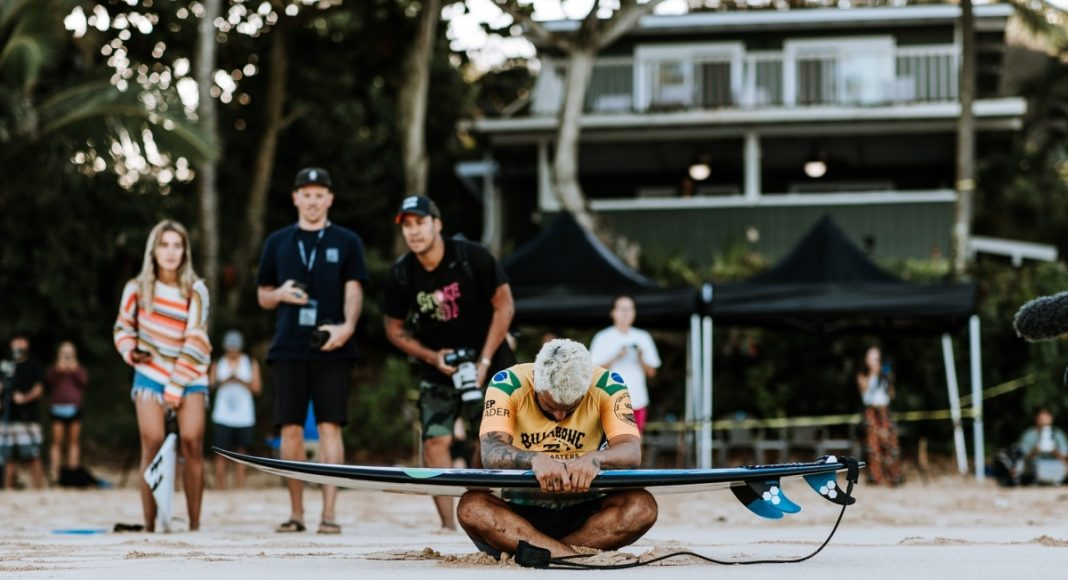 Italo Ferreira, Billabong Pipe Masters 2019, North Shore de Oahu, Havaí. Foto: WSL / Sloane.