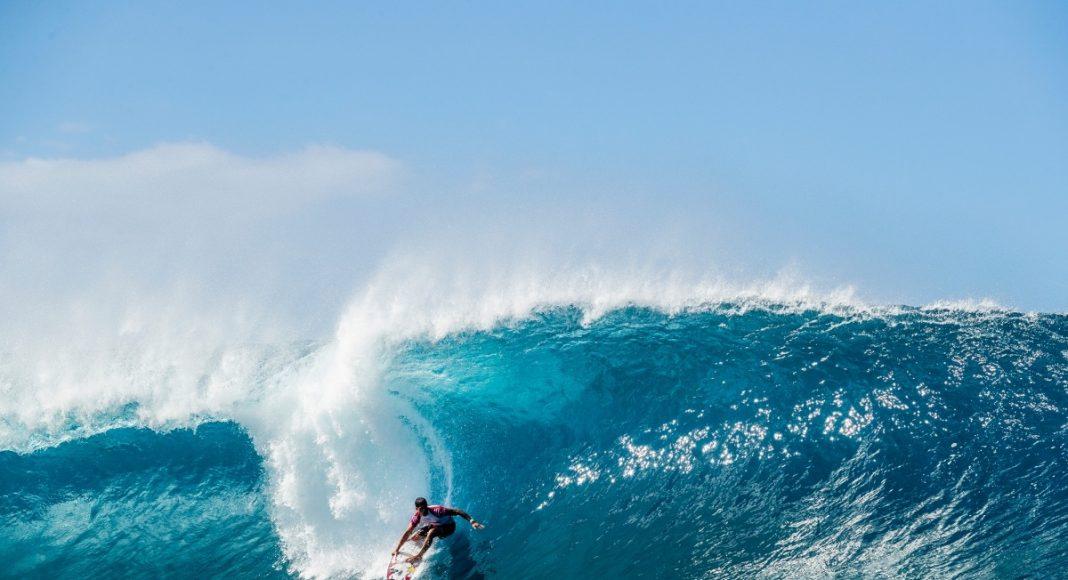 Ezekiel Lau, Billabong Pipe Masters 2019, North Shore de Oahu, Havaí. Foto: WSL / Cestari.