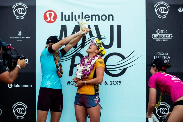 Stephanie Gilmore e Carissa Moore, Maui Pro 2019, Honolua Bay, Havaí. Foto: WSL / Miers.