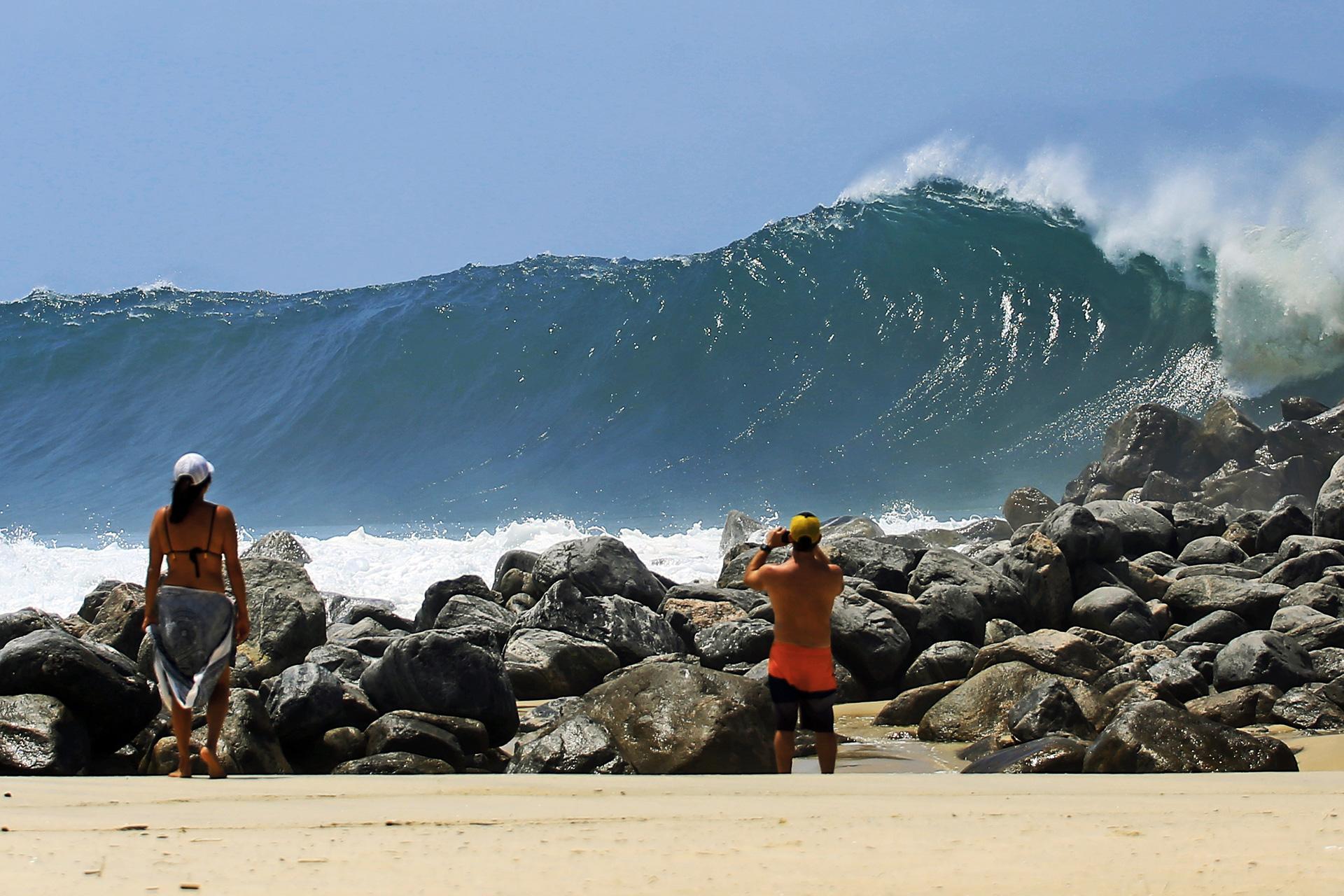 Comissão aprova Projeto de Lei que confere à cidade de Saquarema (RJ) o título de Capital Nacional do Surfe.